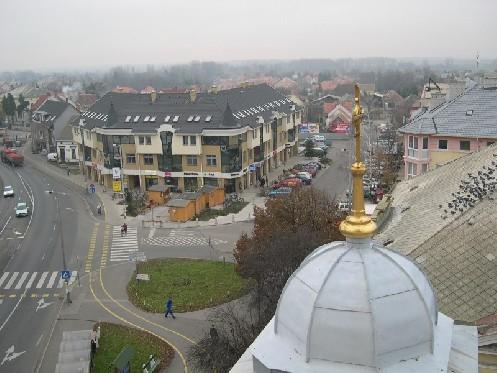 Esterházy Pál sétány Főtér_toronyból1.jpg (800 x 600) 135822 byte (132.64 KiB)